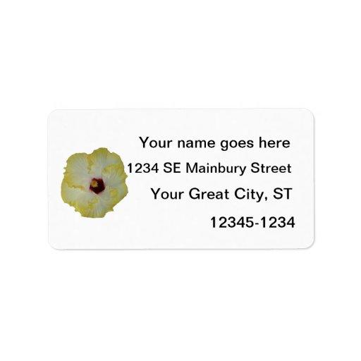 Recorte rojo amarillo de la floración del hibisco etiqueta de dirección