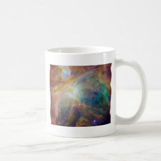 Recorte suave del borde de la nebulosa de Orión Taza Básica Blanca