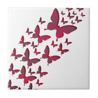 Recortes rojos de la mariposa azulejo cerámica
