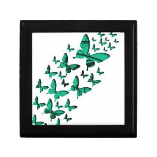 Recortes verdes de la mariposa caja de joyas