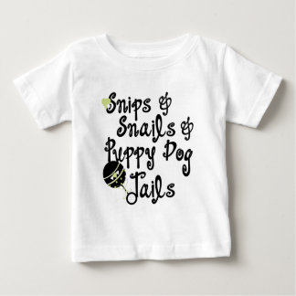Recortes y camiseta de los muchachos de los