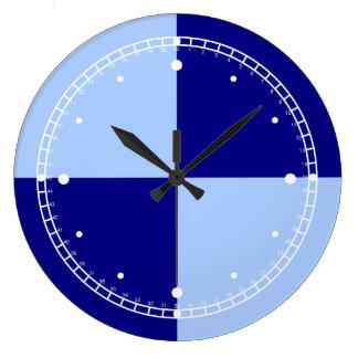 Rectángulos azules claros y azul marino reloj redondo grande