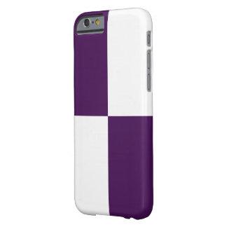 Rectángulos de la púrpura real y del blanco funda de iPhone 6 barely there