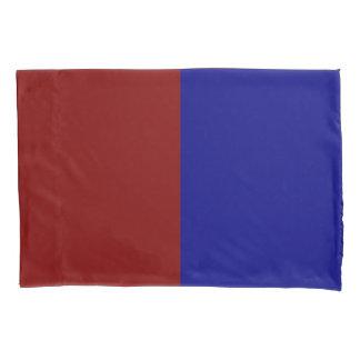 Rectángulos rojo oscuro y azules funda de cojín
