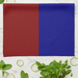 Rectángulos rojo oscuro y azules toallas de mano