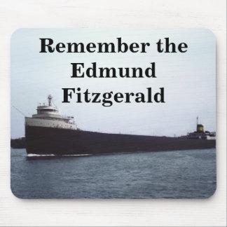 Recuerde: El Edmund Fitzgerald Mousepad