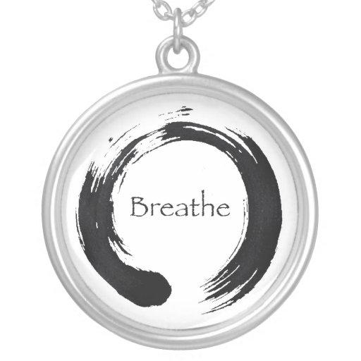 Recuerde respirar collares