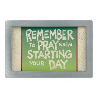 Recuerde rogar diario hebilla cinturón rectangular