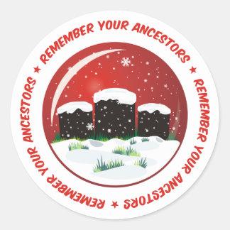 Recuerde su globo de la nieve de los antepasados pegatina redonda