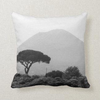 Recuerdo de Italia del volcán del monte Vesubio Cojín Decorativo