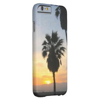 Recuerdo de la puesta del sol de California de la Funda Para iPhone 6 Barely There
