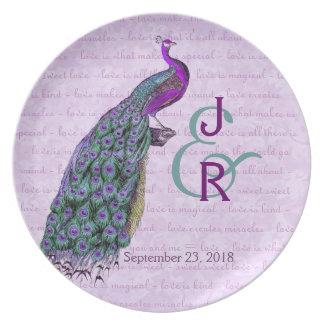 Recuerdo del boda con púrpura y el pavo real del t plato para fiesta