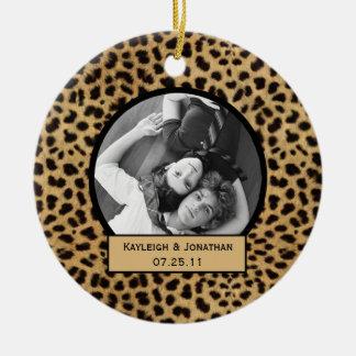 Recuerdo del boda del estampado leopardo del adorno redondo de cerámica