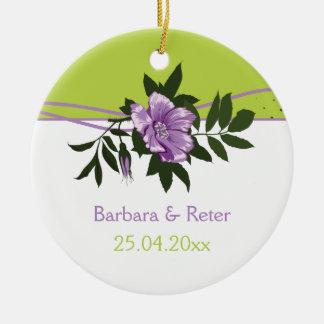 Recuerdo floral color de rosa púrpura salvaje del ornamento de navidad