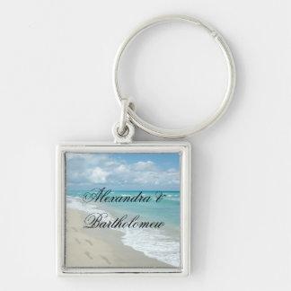 Recuerdo personalizado escena tropical de la playa llavero cuadrado plateado