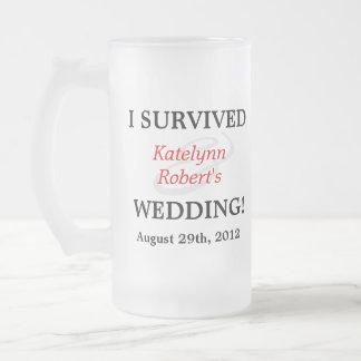 Recuerdo romántico rojo del boda taza cristal mate