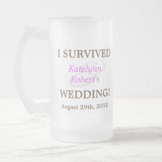 Recuerdo romántico violeta del boda taza cristal mate