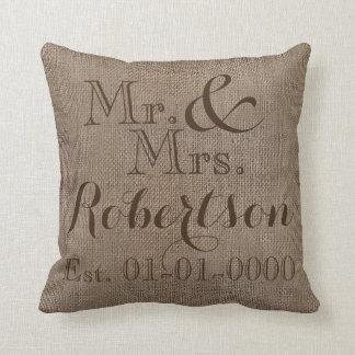 Recuerdo rústico personalizado del boda de la cojin
