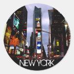 Recuerdos cuadrados de New York Times de los Pegatinas Redondas