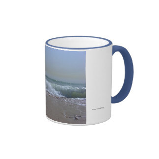 Recuerdos de la playa y del océano taza de dos colores