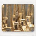 Recuerdos de la torre Eiffel Mouse Pad