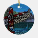 Recuerdos del ornamento del tótem de Vancouver Can Ornamento De Navidad