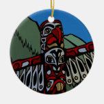 Recuerdos del ornamento del tótem de Vancouver Can Ornamento Para Reyes Magos