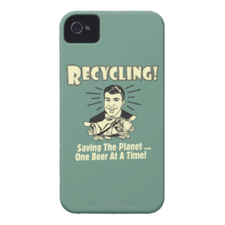 Recycling: Saving the Planet iPhone 4 Cover