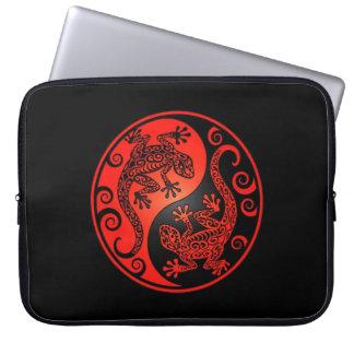 Red and Black Yin Yang Geckos Computer Sleeve