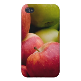 Red and Green Apples Cases For iPhone 4