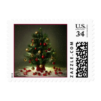 Red and Green Christmas Tree Postage