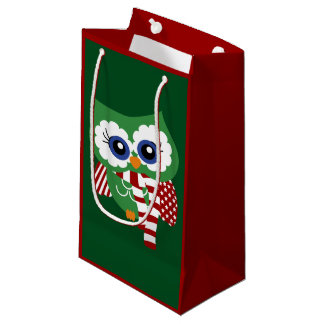 Owl Gift Bags #0: red and green holiday owl t bag r8e09c075bcd c3fde5f3fa9a63 zkiq9 324 rlvnet=1