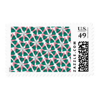Red and Green Winter Snowflake Pattern Pinwheel Stamps