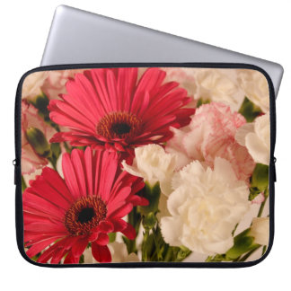 """""""Red and White Bouquet"""" collection laptop sleeve"""