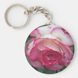 Red and white rose flowers with water droplets keychain
