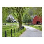 Red barn and farm house near Berlin, Ohio. Post Cards