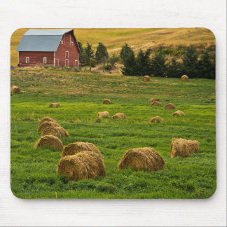 Red Barn, hay bales, Albion, Palouse Area 2 Mouse Pad