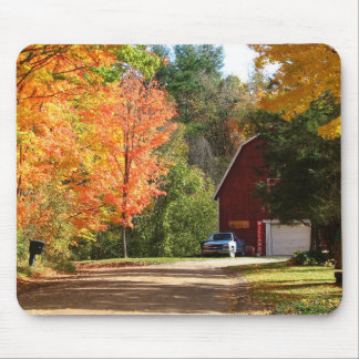 Red Barn In Autumn Mouse Pad