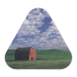Red barn in wheat & barley field in Whitman Speaker