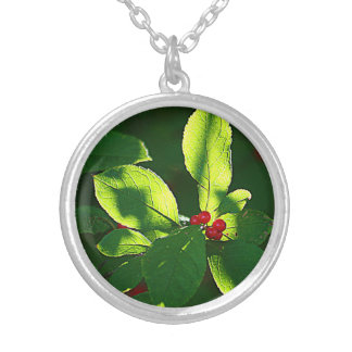 Red Berry Round Pendant Necklace