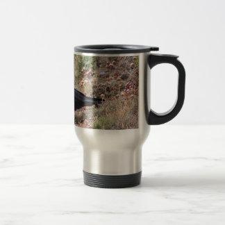 Red-billed chough travel mug