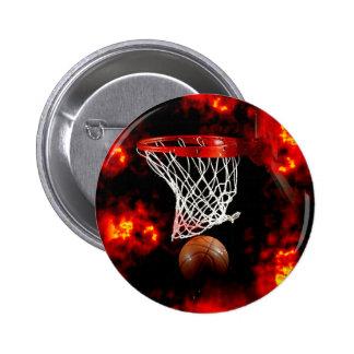 Red, bola y llamas del baloncesto pin redondo 5 cm