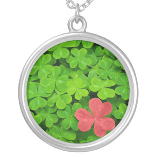 Red Clover Round Pendant Necklace