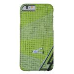 Red con el jugador de béisbol en hierba verde funda para iPhone 6 barely there
