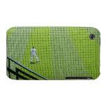 Red con el jugador de béisbol en hierba verde iPhone 3 funda