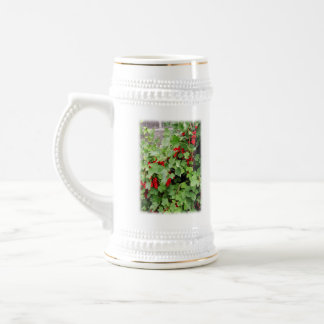 Red Currants on the Plant. Green Leaves. Mug
