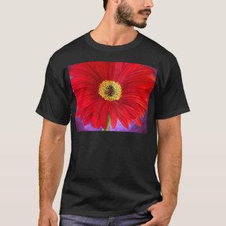 Red Daisy Flower Painting Art - Multi T-Shirt