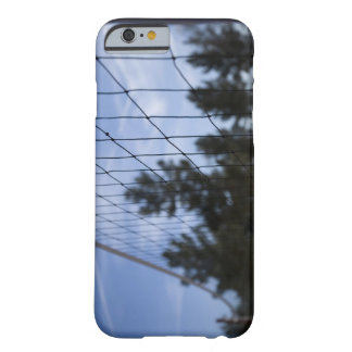 Red del voleibol funda barely there iPhone 6