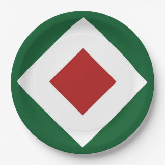 Red Diamond, Bold White Border on Green Paper Plate