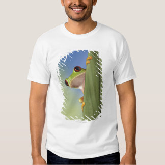 Red Eyed Tre Frog Peeking From Behind a Leaf Shirt